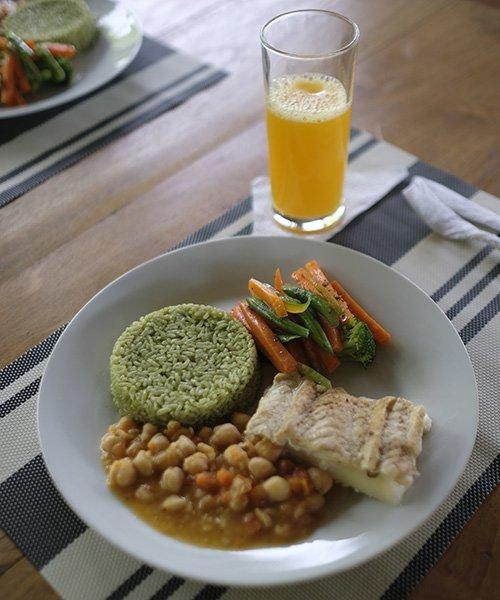 ayahuasca retreat delicious meal